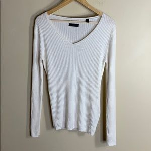 Saks Fifth Ave cream cashmere sweater